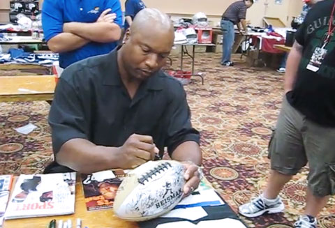 bo-jackson-autograph-signing-jun-2011